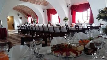 Pałac Biała Rawska, Sale weselne Wieruszów