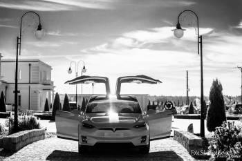 Tesla biala Model X do Slubu, Samochód, auto do ślubu, limuzyna Pyzdry