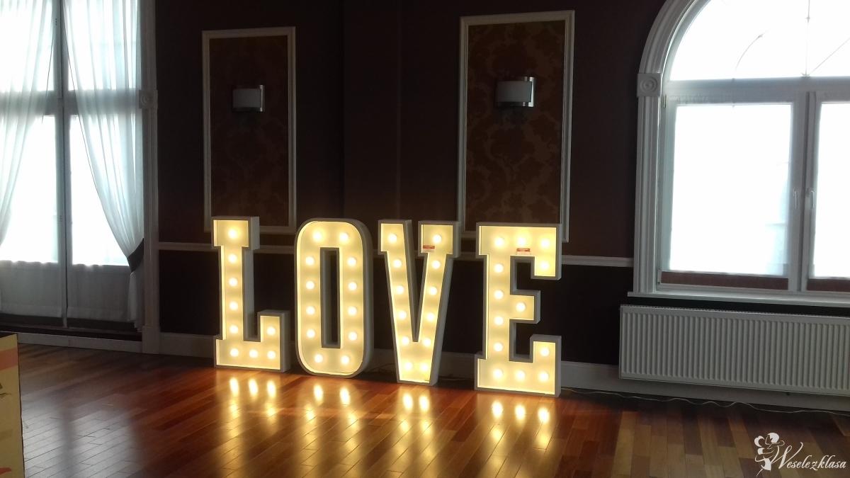 Napis LOVE, Stalowa Wola - zdjęcie 1