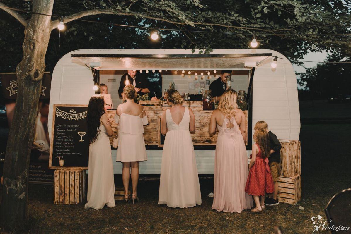 Barman na wesele .:. Obsługa barmańska .:. Cocktail Truck .:. Bar .:., Rzeszów - zdjęcie 1