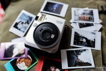 Aparat Instax Mini 70 + akcesoria: tańsza alternatywa dla fotobudki, Fotobudka, videobudka na wesele Kępno