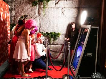 Fotobudka | SelfieMirror | Fotolustro | Księga Gości GRATIS, Fotobudka, videobudka na wesele Ryglice