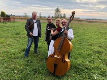 BIESIADA Z KAPELĄ - śpiewamy przy muzyce na żywo!, Unikatowe atrakcje Kraków