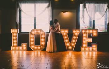 Drewniany napis LOVE wesele ślub podświetlany rustykalny, Napis Love Młynary