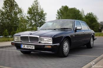 Klasyczny granatowy samochód Jaguar XJ40 Daimler, Samochód, auto do ślubu, limuzyna Sośnicowice