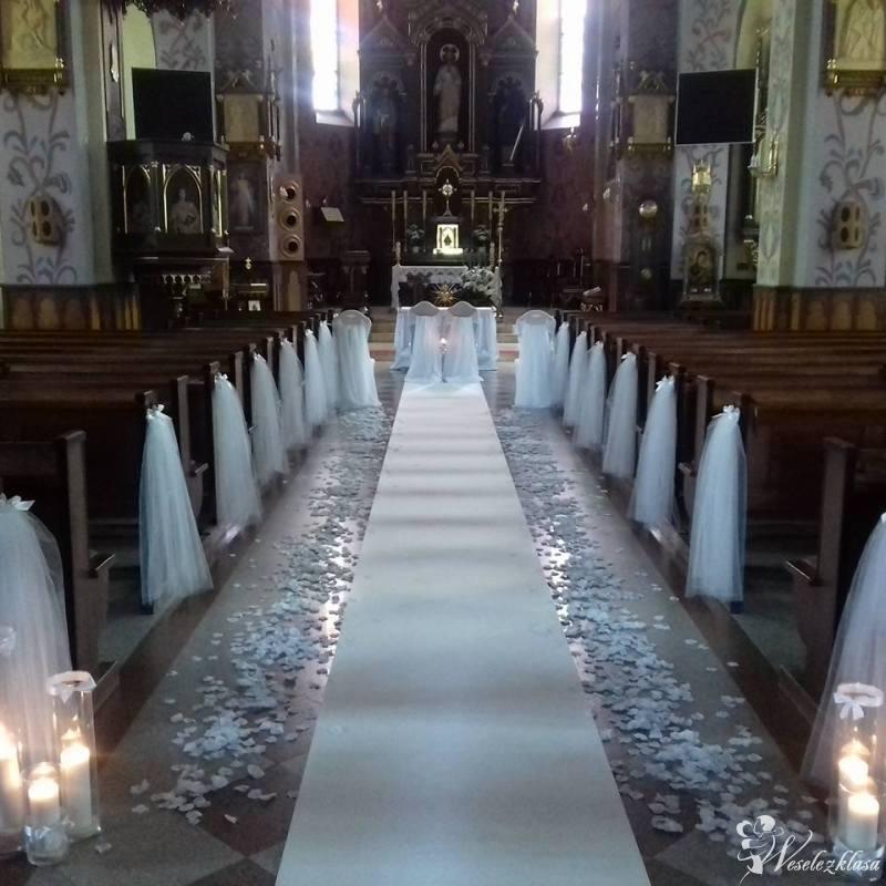 Dekoracja ślubna kościoła, Sokołów Małopolski - zdjęcie 1