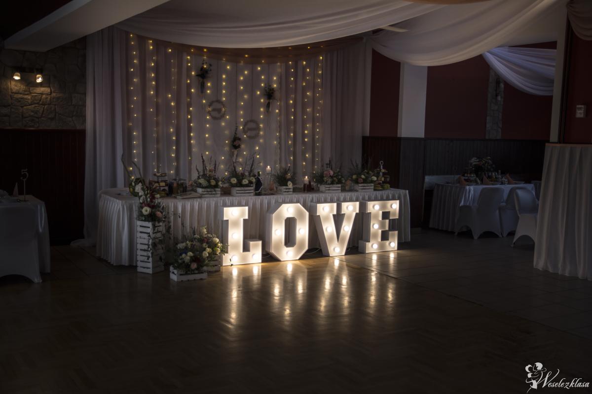 Dekoracje sal weselnych dekoracje ślubne, dekoracje światłem led, LOVE, Trzemeśnia - zdjęcie 1