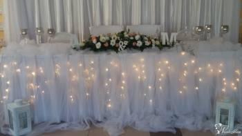 Kompleksowe dekoracje sal weselnych i kościołów, Dekoracje ślubne Skała