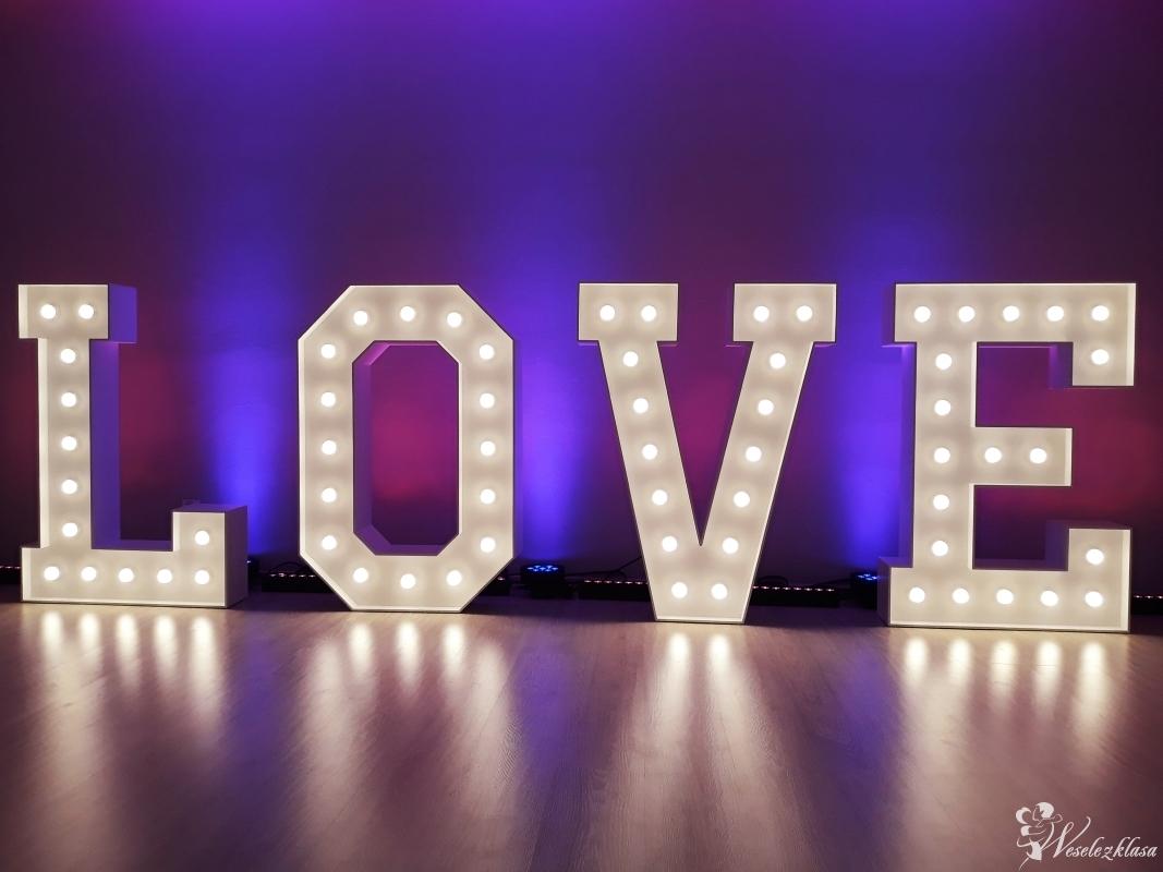Napis LOVE   Ciężki dym   Dekoracja Światłem, Nowe Miasto-Folwark - zdjęcie 1