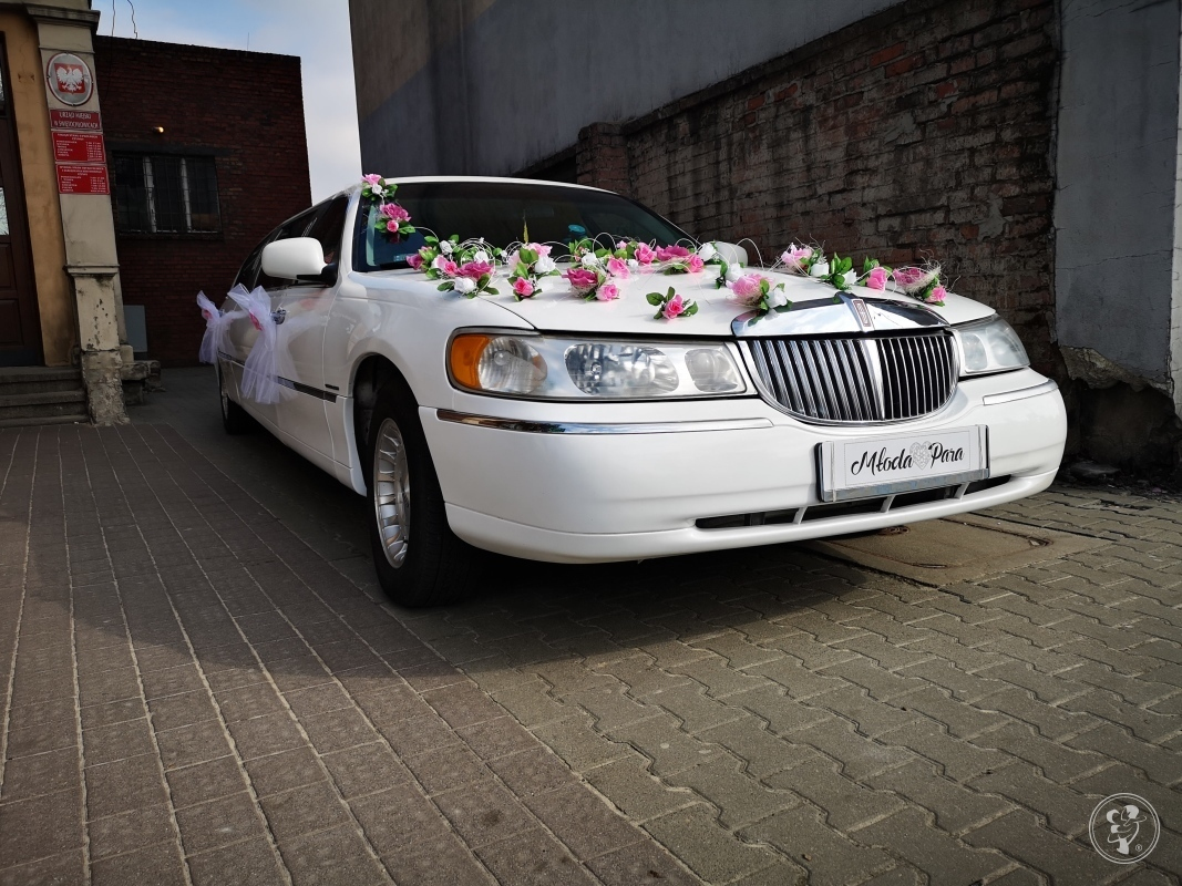 Limuzyna Lincoln Town Car z szoferem, Gliwice - zdjęcie 1