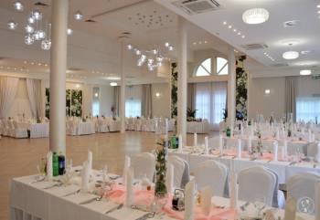 Hotel Villa Riviera -  Doświadczeni specjaliści od wesel, Sale weselne Rzeszów