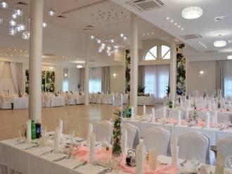 Hotel Villa Riviera -  Doświadczeni specjaliści od wesel,  Rzeszów