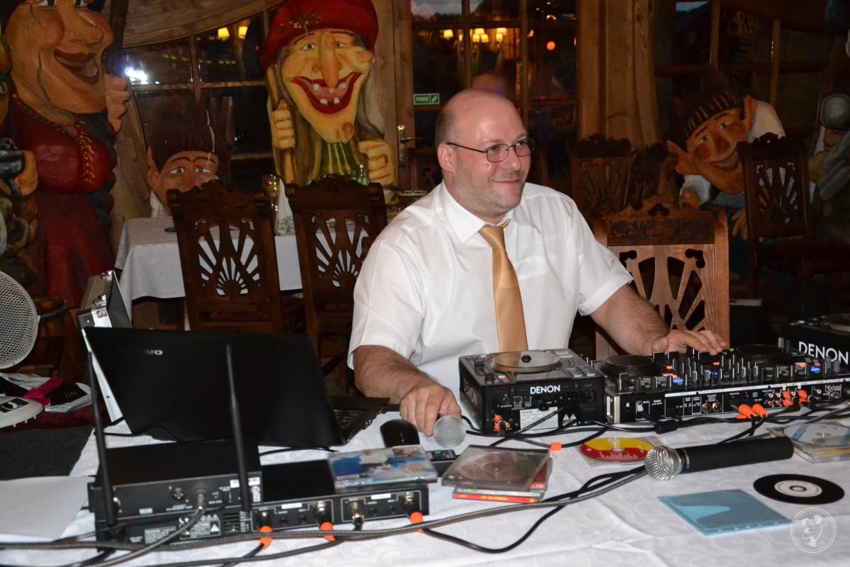 Szampańska zabawa na Twoim weselu z DJ Maciejem Baryła, Katowice - zdjęcie 1