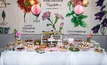 Candy bar Słodki stół /Donuts bar ,,Sweet Memories'', Słodki kącik na weselu Ziębice
