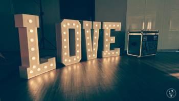 Napisy LOVE, Ciężki dym, oświetlenie LED, Napis Love Nowy Sącz