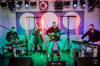 BECK-BAND - to cztery osoby bawiące się muzyką... zarażamy optymizmem, Zespoły weselne Police