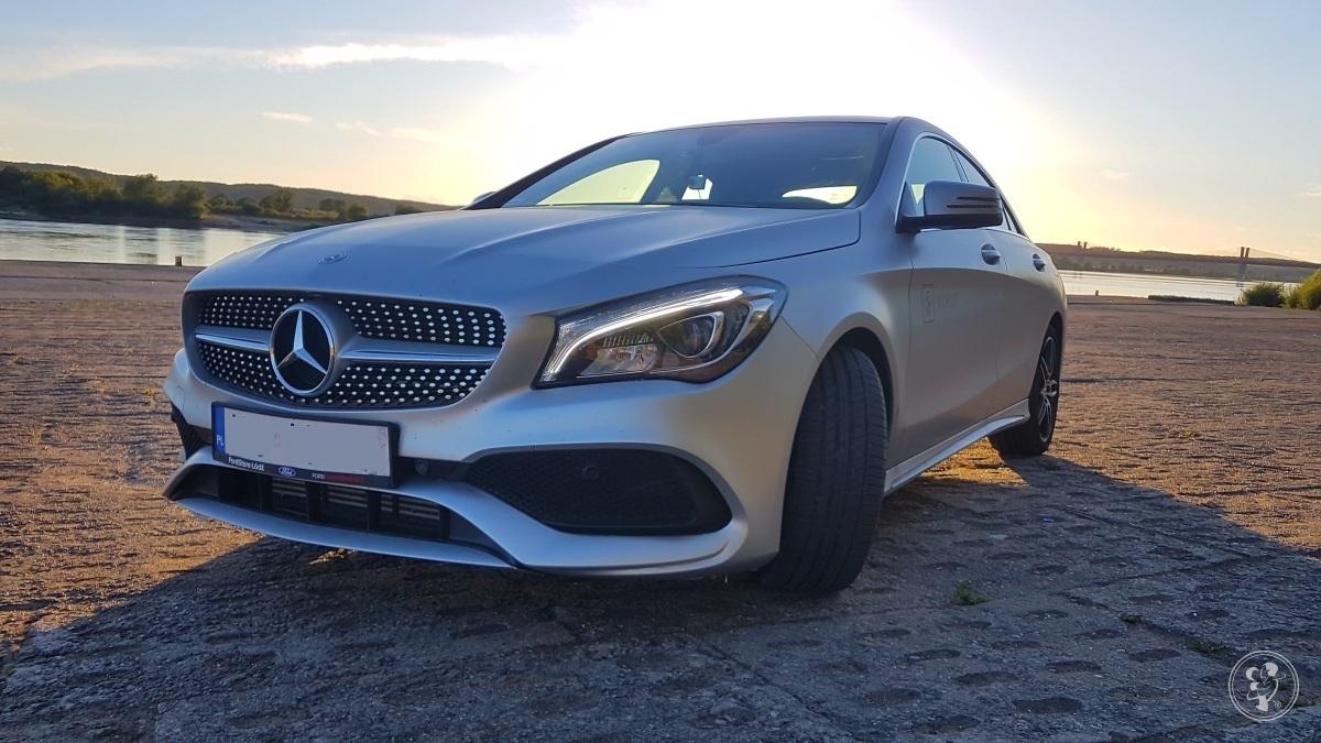 Srebrny Mercedes CLA AMG do ślubu, Kraków - zdjęcie 1
