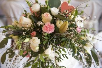Napis LOVE 100 120 cm wynajem dekoracje florystyka WOLNE TERMINY 2019, Dekoracje ślubne Bobowa