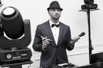 DJ TRICK  - Event & Wedding DJ | Rustykalne stanowisko DJ | Ciężki dym, DJ na wesele Legnica
