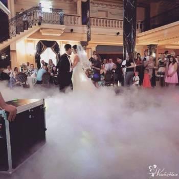 Taniec w chmurach, Ciężki dym Nowogród