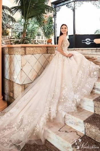 Anne Mariage Salon Ślubny, Salon sukien ślubnych Stawiski