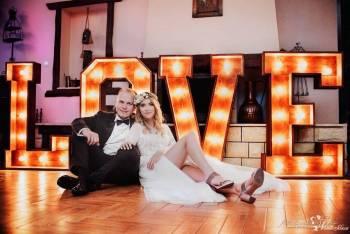 Świecący napis LOVE, AMORE w stylu Rustykalnym! Fotobudka, Ciężki dym, Napis Love Złoczew