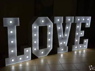 Napis LOVE | Dekoracja światłem | Ciężki dym | Bańki | DJ Wodzirej,  Olsztyn