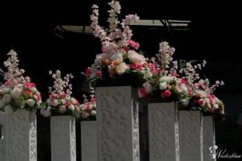 Dekoracyjna kolumna ażurowa z multikolorowy ledem, Dekoracje światłem Zwoleń