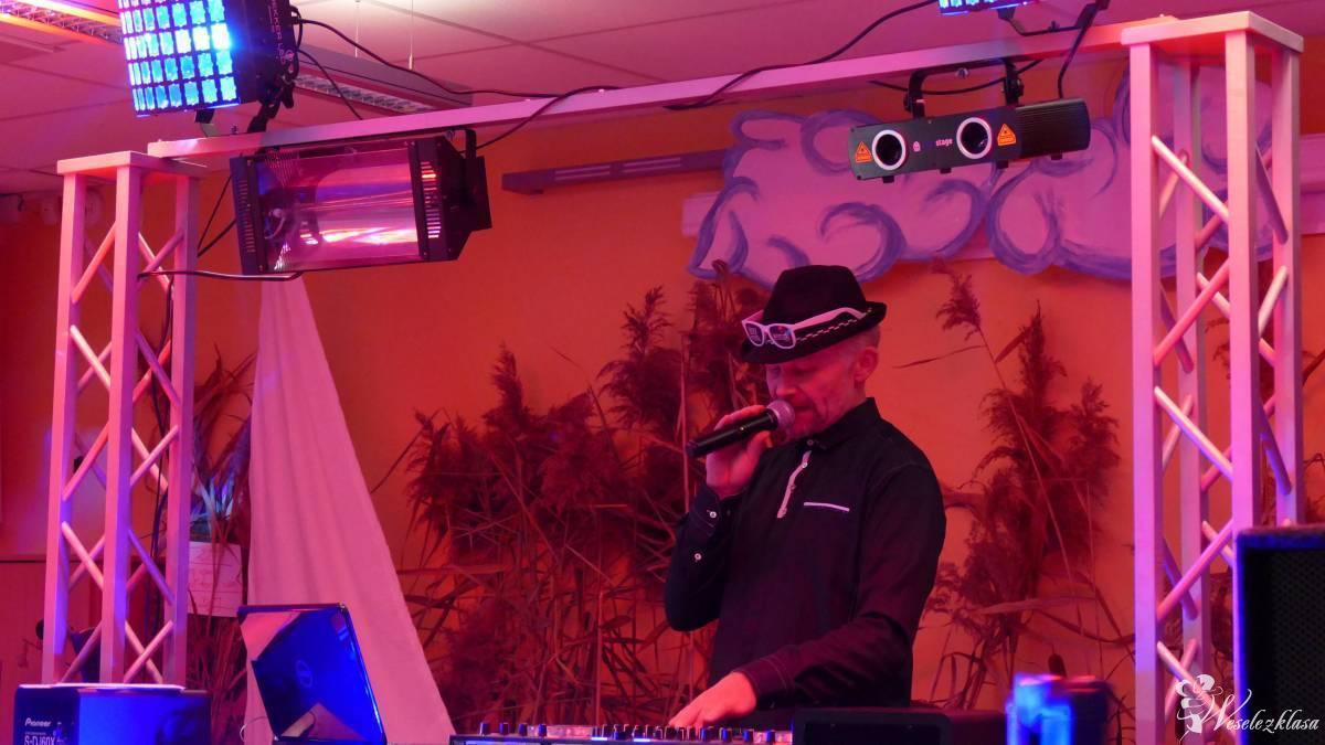 DJ Dee Jay JANO z muzyką na poziomie, kamerzysta, samochód, makijaż, Syrynia - zdjęcie 1