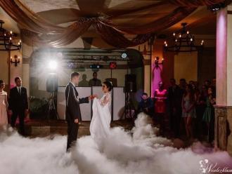 Ciężki dym - Taniec w chmurach | Dekoracja światłem | napis LOVE, Ciężki dym Olsztyn