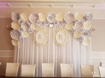 Ścianka z kwiatów papierowych, sztucznych, dekoracje, Dekoracje ślubne Zakroczym