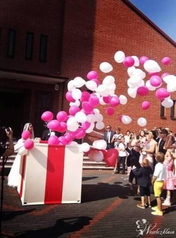 BALONOWY PREZENT Ślubny, Pudło z balonami, Balony LED, BAŃKI MYDLANE, Balony, bańki mydlane Katowice
