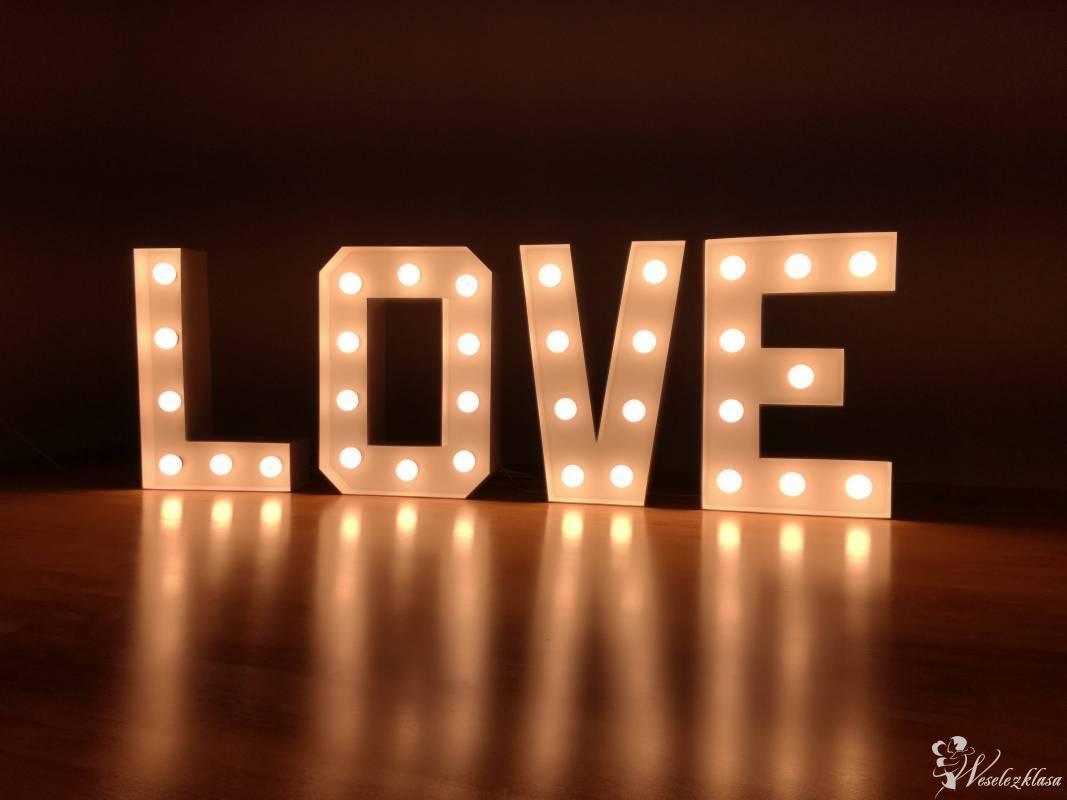 Świecący napis LOVE, Okonek - zdjęcie 1