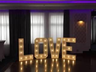 Podświetlany napis LOVE wynajem na wesele, dekoracja wys. 120cm.,  Warszawa