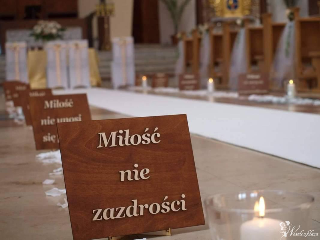 Bajkowa Ceremonia dekoracje ślubne, Kościoła, napis LOVE, MIŁOŚĆ, Walim - zdjęcie 1
