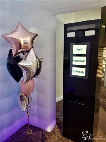 Fotobudka funshow, balony z helem, balony świecące, napis LOVE, Fotobudka, videobudka na wesele Andrychów