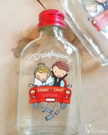 Butelki  z nadrukiem jako podziekowanie dla gości, Prezenty ślubne Ogrodzieniec