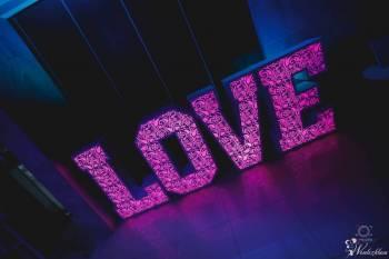AŻUROWY NAPIS LOVE, Napis Love Mrocza