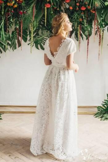 Ślub na boso, Salon sukien ślubnych Skawina