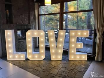 Napis LOVE podświetlany, Dekoracje ślubne Prabuty