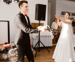 PIERWSZY TANIEC, kurs Tańca Towarzyskiego, Szkoła tańca Woźniki