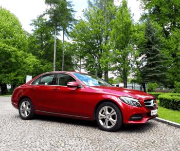 Mercedes klasa C Comfort pełen AMG - Fuksja Metalik, Samochód, auto do ślubu, limuzyna Tyczyn