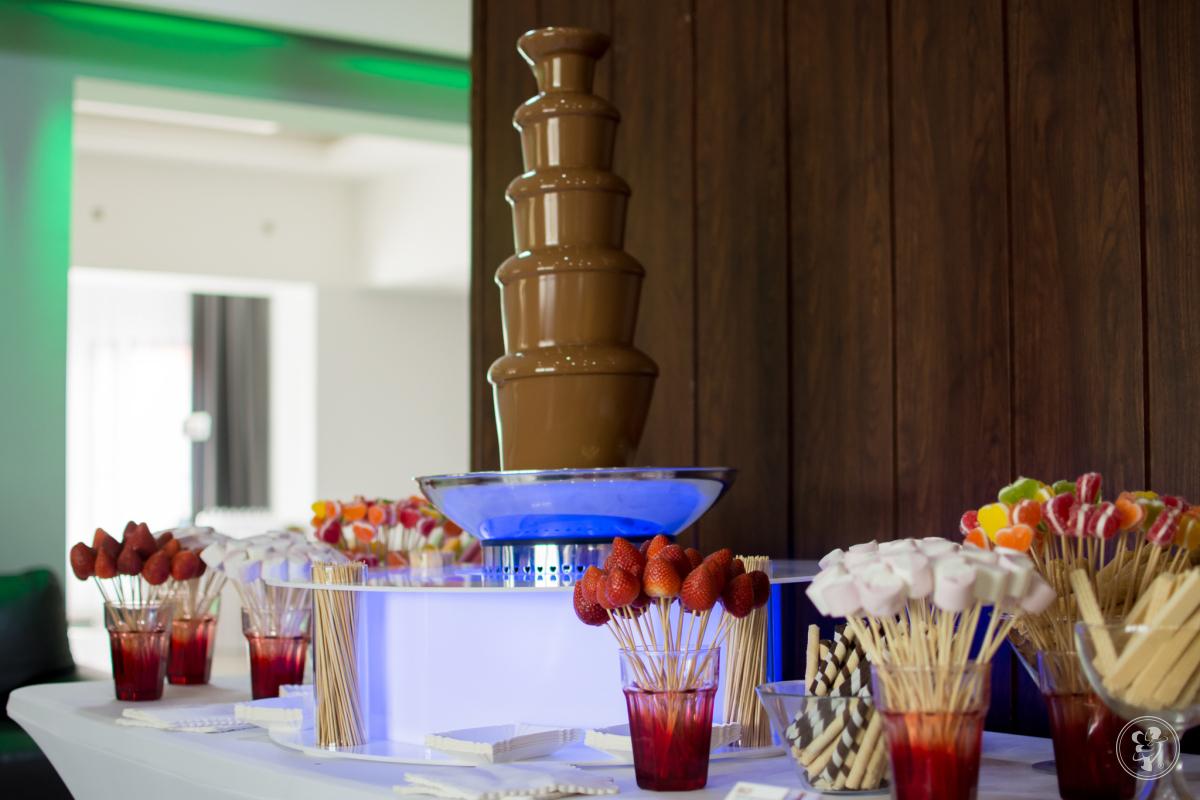 Fontanna czekoladowa, bańki mydlane, balony z helem, LOVE, ciężki dym, Skarżysko-Kamienna - zdjęcie 1