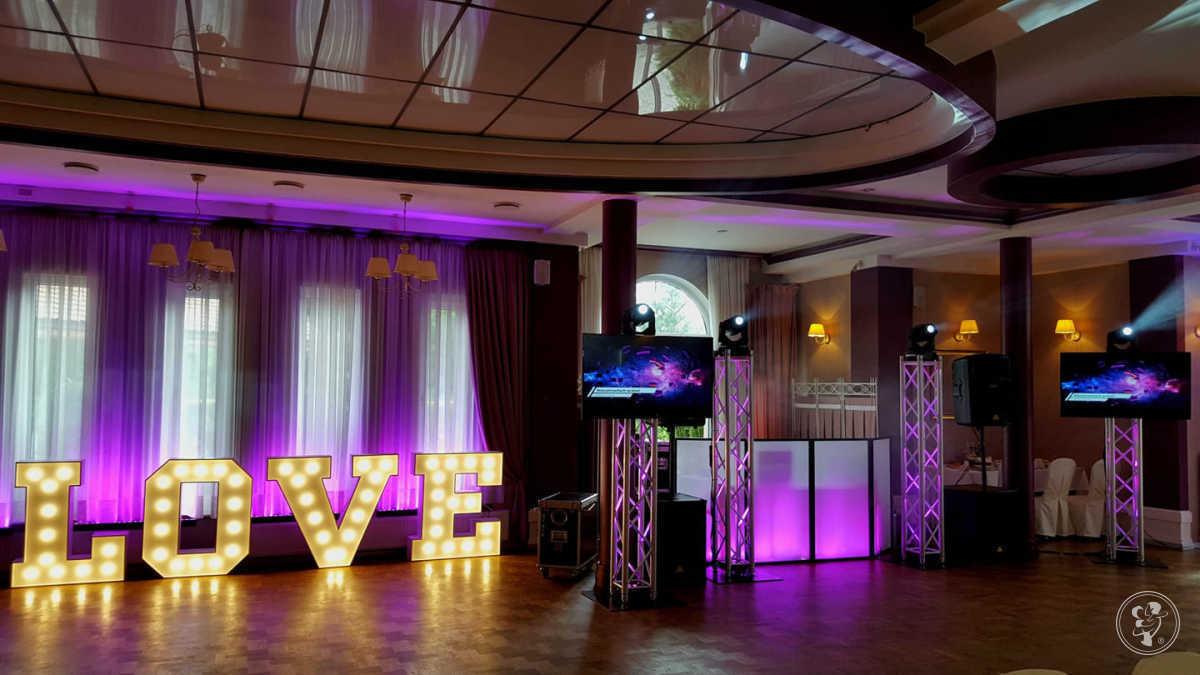 DJ KASPER - najlepsze przyjęcia weselne! Dekoracja światłem Ciężki dym, Pabianice - zdjęcie 1