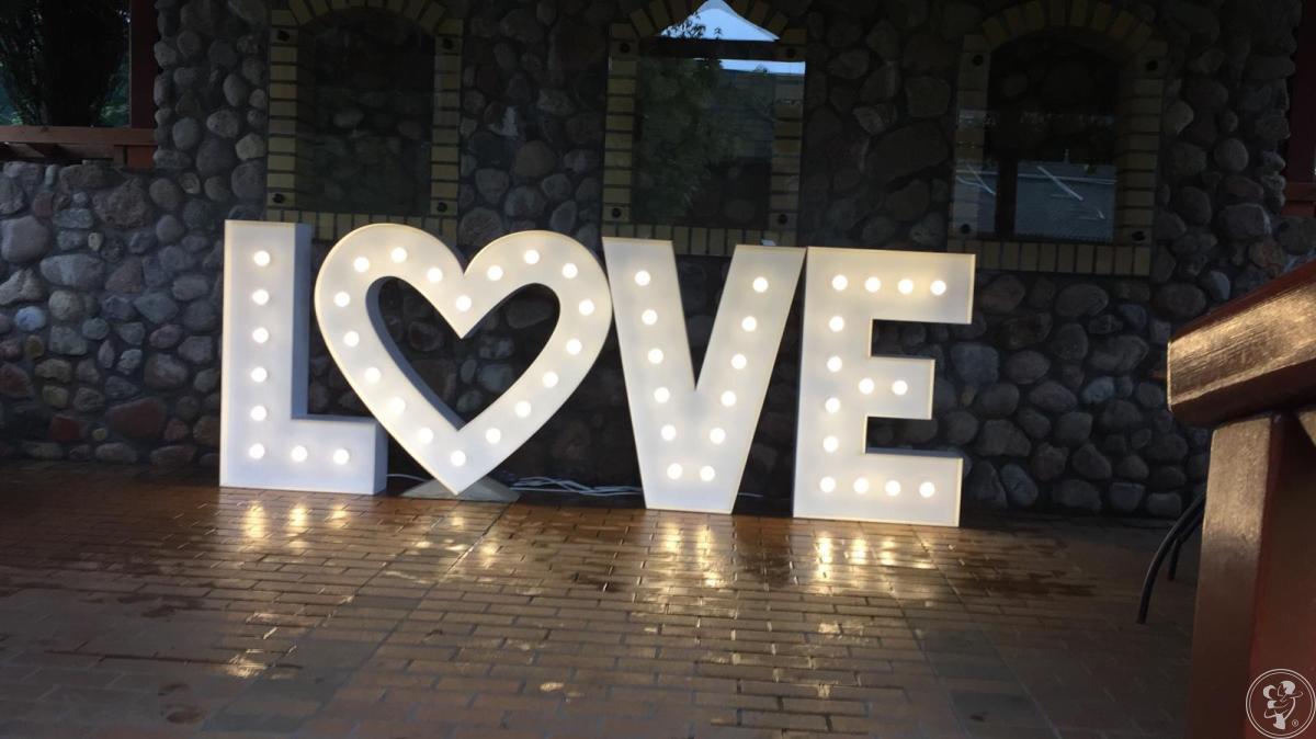 Kwiaciarnia Love Flowers - Świetlny napis LOVE, Suchowola - zdjęcie 1