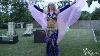 Taniec orientalny, Pokaz tańca na weselu Cybinka
