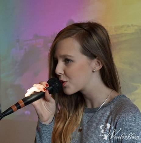 Weronika Lechowicz - Oprawa wokalno-instrumentalna ślubu, Krosno - zdjęcie 1