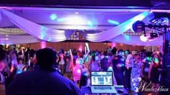DJ, oprawa muzyczna, profesjonalne oświetlenie, DJ na wesele Skaryszew