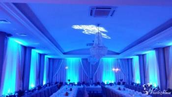 Dekoracja sali światłem ,ciężki dym ,taniec w chmurach DJ&Wodzirej;, Dekoracje światłem Stawiszyn