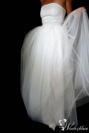 MADATELIER kreacje suknie ślubne sukienki weselne, Salon sukien ślubnych Wieleń